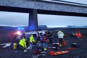 Islandijoje per avariją žuvo trys britų turistai, nukentėjo ir nepilnamečiai