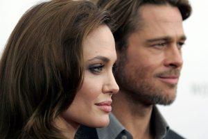 """A. Jolie vylėsi, kad filmas """"Prie jūros"""" išgelbės jos santuoką su B. Pittu"""