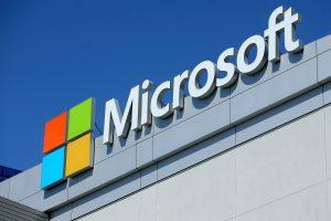"""""""Microsoft"""": mikroschemų defektą sutvarkantys atnaujinimai lėtina kompiuterius"""