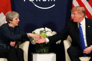 D. Trumpas Davose didžiuojasi santykiais su Th. May