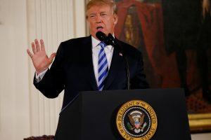 Baltieji rūmai: Rusija aiškiai kišosi į JAV prezidento rinkimus