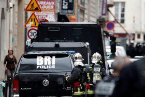 Paryžiuje – paini įkaitų drama