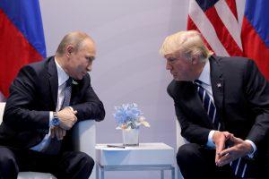 Baltieji rūmai: prezidentas D. Trumpas atviras vizitui Maskvoje