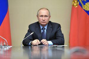 Pasirodė homofobiškas vaizdo įrašas, raginantis rinkimuose balsuoti už V. Putiną