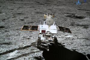 Mėnulyje nusileidusiame Kinijos zonde pirmąkart atliktas biologinis eksperimentas