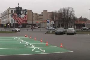 Kaune mažėja vietų įprastiems automobiliams