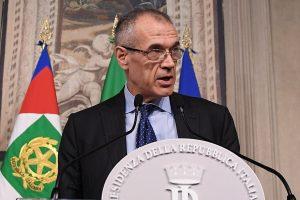 Italijos laikinajam premjerui renkant komandą artėja politinės sagos atomazga