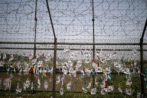 Š. ir P. Korėjos susitarė rengti kariuomenės ir Raudonojo Kryžiaus derybas