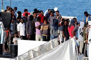 ES: nesutarimus dėl migrantų gali išspręsti tik Europos lygio sprendinys