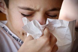 Artimiausiomis dienomis alergiškus žmones ragina pasisaugoti labiau