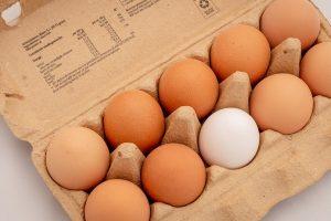 Lenkijoje atšaukiama daugiau kaip 4 mln. antibiotikais užterštų kiaušinių
