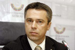 Seimo opozicija blokuoja draudimą savivaldos politiką skirti VRK nariu