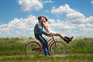 Įvardijo, kuriomis dienomis dviratininkai patiria kelis kartus daugiau traumų