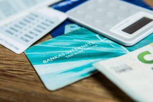 Nemalonus netikėtumas: kažkas iššlavė klaipėdiečio banko sąskaitą