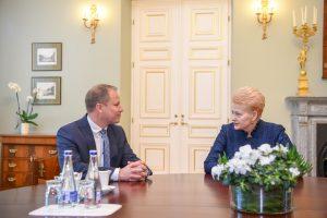 Prezidentė paskyrė G. Surplį žemės ūkio ministru