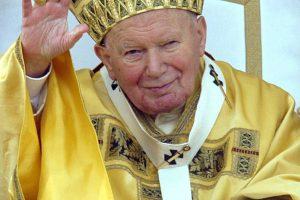 Valdžia ir vėl laužo galvas, kaip Vilniuje įamžinti šv. Jono Pauliaus II atminimą