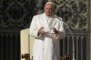 """Vokiečių vyskupai atmeta popiežiaus pasiūlymą šiek tiek pakeisti """"Tėve mūsų"""""""