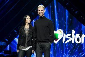 """Kas važiuos į didžiąją """"Euroviziją"""": atlikėjai pasidalijo mintimis prieš finalą"""