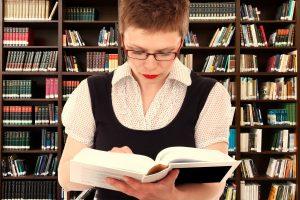Skaitymui įtaką daro ir žinomų žmonių rekomendacijos, ir ekranizacijos