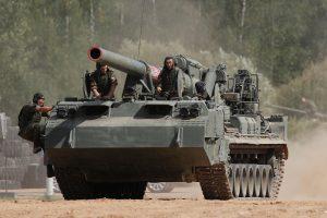 NATO įspėja: Rusija rengiasi plataus masto konfliktui