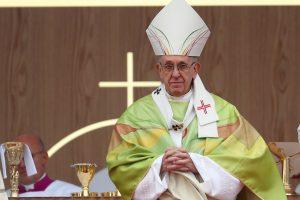 Popiežius homoseksualių polinkių turintiems vaikams rekomenduoja psichiatrą