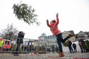 Eglučių svaidymo čempionatas Vokietijoje: dalyvauti nori vis daugiau entuziastų