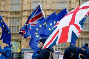 """Britų parlamentarai siūlo savo planus dėl """"Brexit"""""""