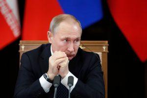 V. Putinas reikalauja JAV kuo greičiau įgyvendinti savo sprendimą išvesti karius