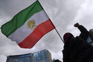 """Irano žvalgyba areštavo """"dešimtis šnipų"""""""