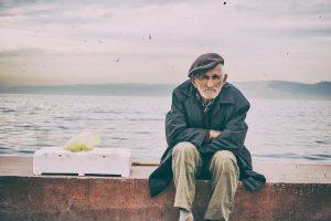 114 metų senolis nusprendė mesti rūkyti