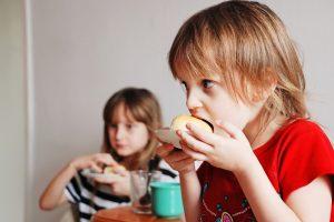 Vaikų viršsvorį lemia netinkama mityba: kaip apsaugoti savo atžalas?