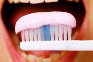 Koks cukrus naudingas jūsų dantims?