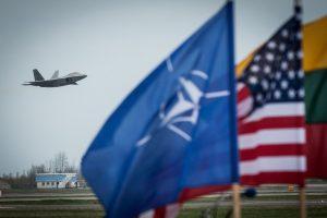 Europa privalo pasiruošti ginklavimosi varžyboms ir geopolitiniams iššūkiams?