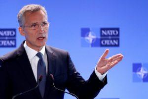 NATO atsargiai reaguoja į Ukrainos ir Rusijos konfrontaciją