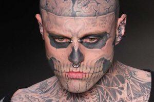 Savo namuose Kanadoje rastas negyvas tatuiruotėmis pagarsėjęs modelis