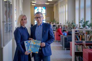 Frankfurto knygų mugėje specialiuoju prizu apdovanoti lietuviški vadovėliai