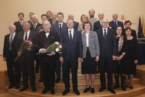 Iškilmingai įteiktos Lietuvos mokslo premijos