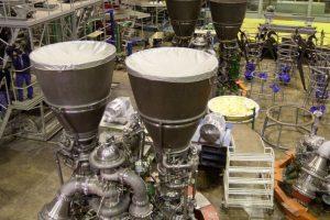 Rusija nepaiso sankcijų: Jungtinėms Valstijoms toliau tieks raketų variklius