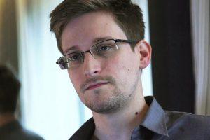 Maskva nesvarsto galimybės išduoti E. Snowdeną
