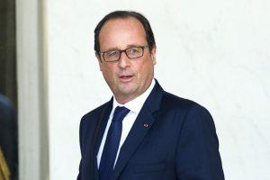Prancūzijos prezidentas abejoja, ar sutikti V. Putiną Paryžiuje