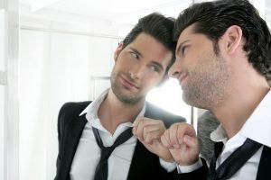 Tyrimas: vyrai didesni narcizai nei moterys