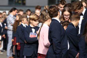 Moksleiviai grįžta į mokyklas: kokios naujovės juos pasitinka?