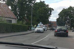 Dviratininko ir motociklininko avarija Marijampolėje: vienam vairuotojui lūžo kaulai