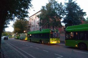 Kauno centre ir senamiestyje buvo sutrikęs troleibusų eismas