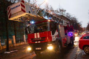 Vilniuje užsidegė du gyvenamieji namai