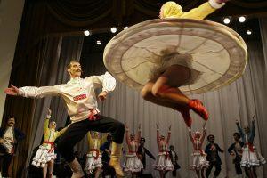 UNESCO sąraše – Ukrainos kazokų dainos ir Ugandos šokiai