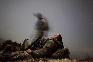 Afganistane armijos uniformą vilkintis asmuo nušovė du NATO karius amerikiečius