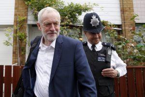 JK leiboristų lyderio pergalė prieš jį siekiančius nuversti maištininkus