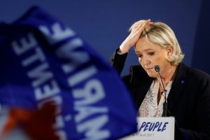 Neramumai Paryžiuje: mėginta padegti M. Le Pen štabą