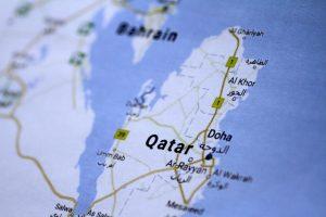 Iranas ragina arabų šalis baigti Kataro krizę